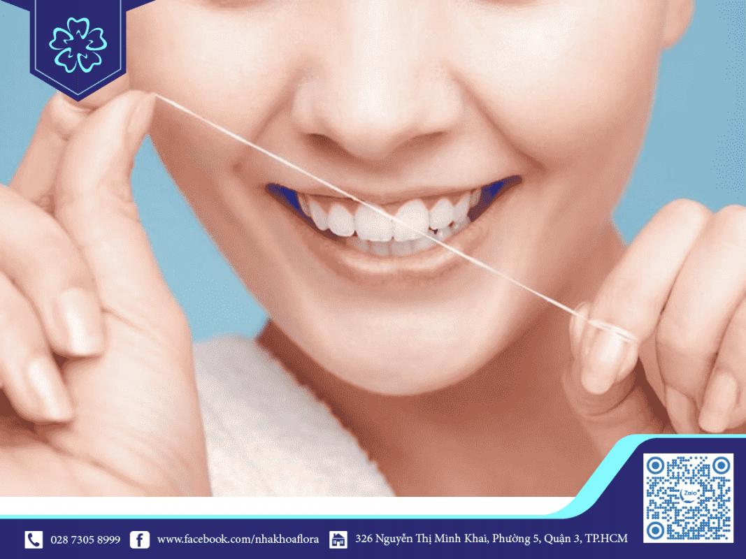 Cách chữa chảy máu chân răng bằng chỉ nha khoa