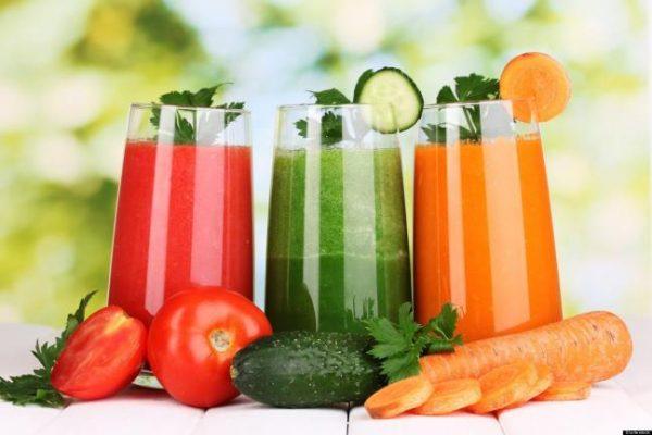 Sau khi nhổ răng khôn hàm dưới nên bổ sung vitamin từ các loại nước ép trái cây