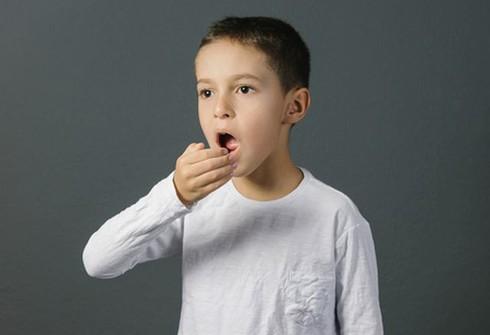 Các nguyên nhân khiến bé bị hôi miệng (ảnh minh họa)