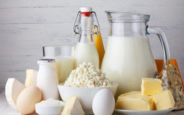 Sau khi nhổ răng khôn nên ăn các chế phẩm từ sữa (ảnh minh họa)