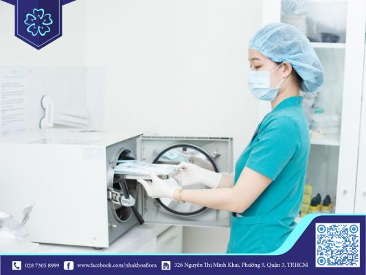 Hệ thống vô trùng hiện đại là yêu cầu bắt buộc tại các địa chỉ cấy ghép răng Implant uy tín (ảnh minh họa)