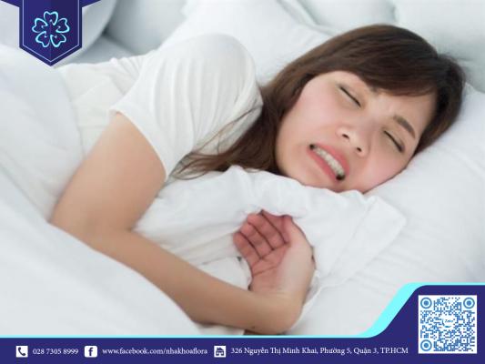 Nghiến răng khi ngủ dễ gây mòn men răng